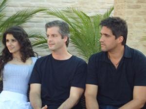 Paula, Victor e Léo